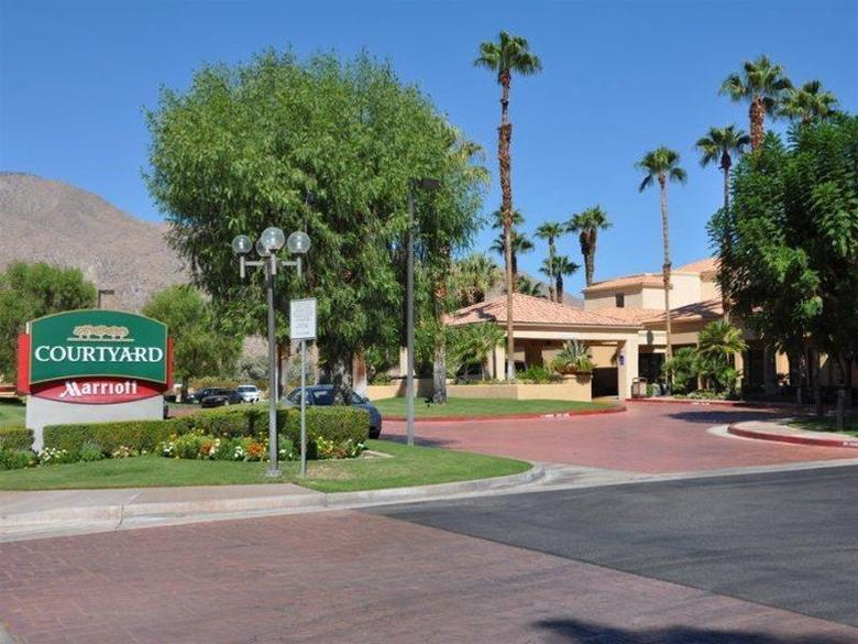 Hotel Courtyard By Marriott Palm Springs