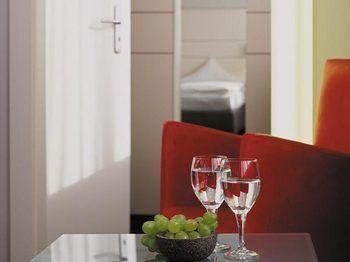hotel ferrotel duisburg duisburg renania del norte. Black Bedroom Furniture Sets. Home Design Ideas