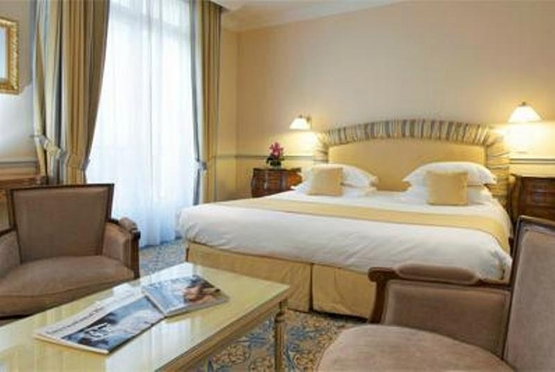 Hotel Le Claridge Champs-elysees Fraser Suites