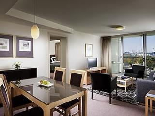 Hotel Quay West Suites Melbourne