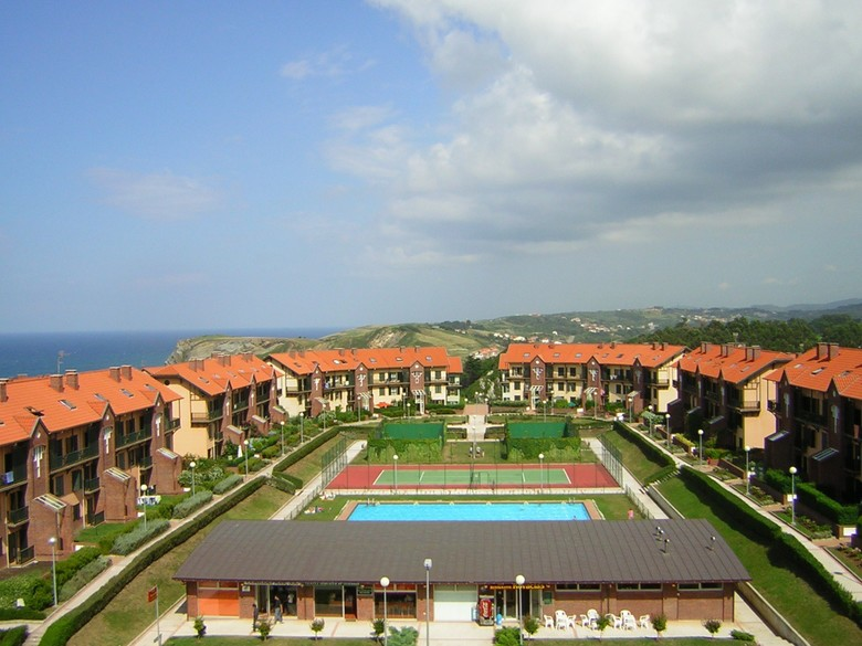 Apartamentos abba comillas golf apartments comillas cantabria - Buscador de hoteles y apartamentos ...