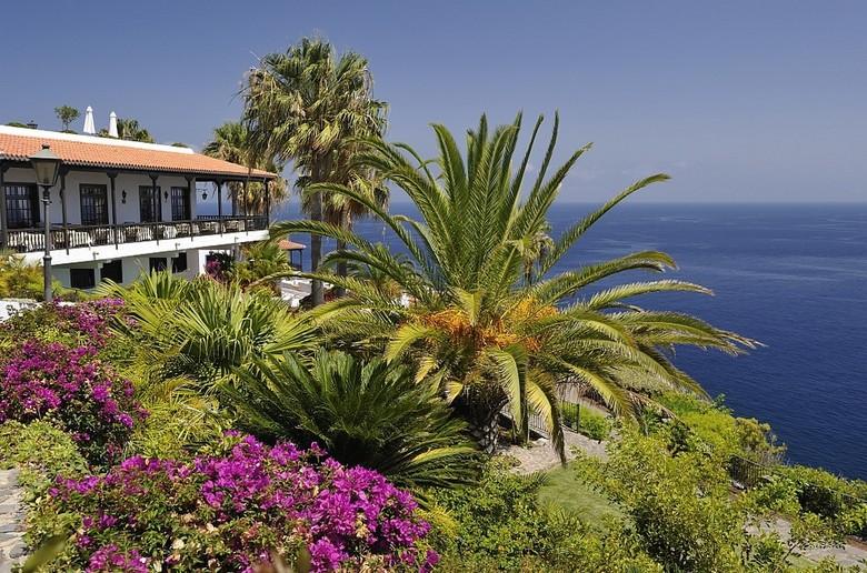 Hotel jardin tecina playa santiago la gomera for Jardin tecina