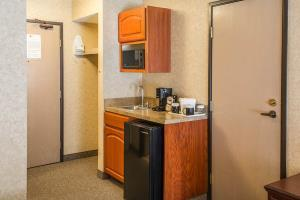 Hotel Quality Inn Valley Suites