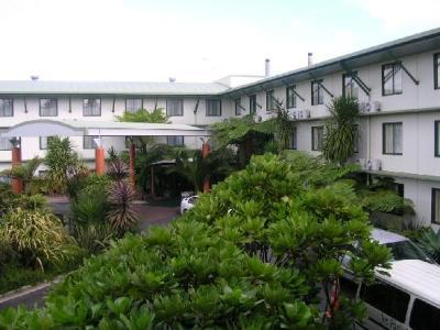 Jet Park Airport Hotel And Conference Centre