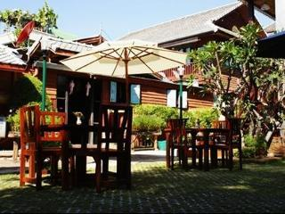 Hotel Buri Gallery House And Resort