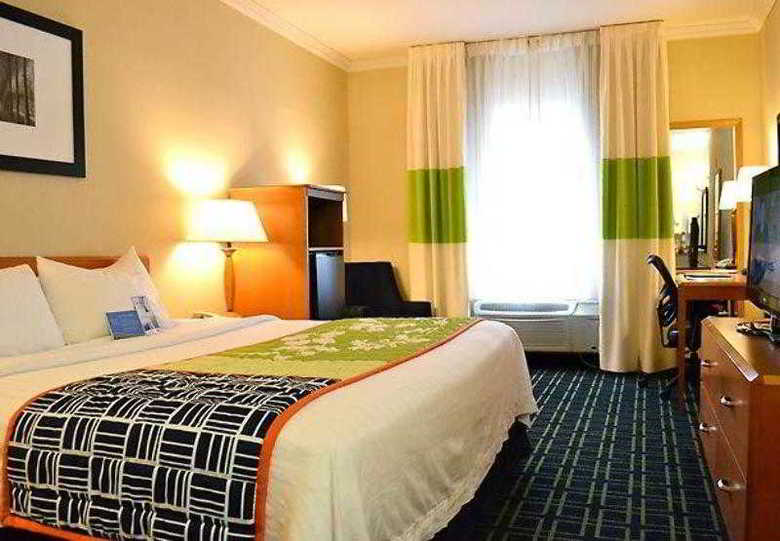 Hotel Fairfield Inn By Marriott Seatac Airport
