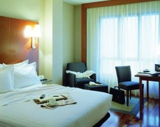 AC Hotel Le�n San Antonio By Marriott