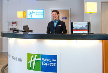 Hotel Holiday Inn Express Bedford