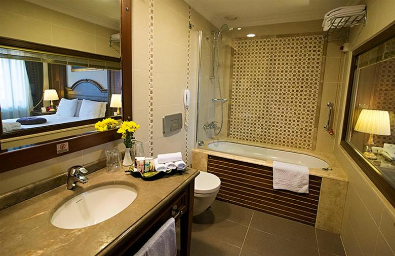 Hotel Best Western Premier Regency Suites & Spa