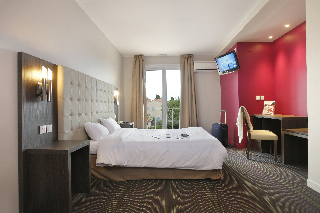 Interhotel Le Grillon D Or