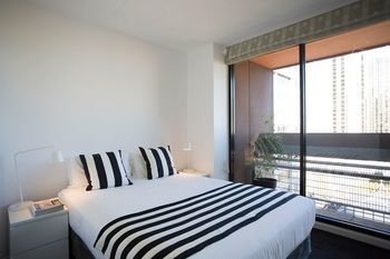 Hotel Quest Hero Serviced Apartments