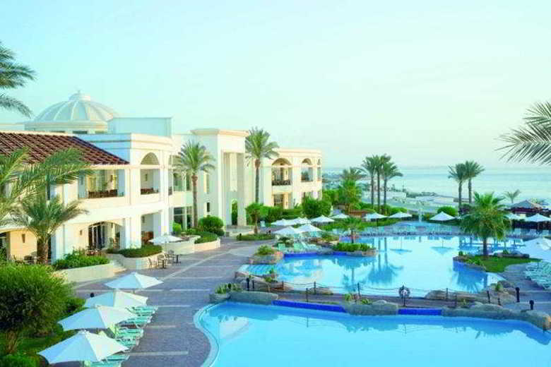 Hotel Renaissance Golden View Beach Resort
