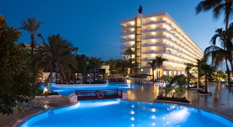 Hotel gran canaria princess playa del ingls gran canaria - Tumbonas gran canaria ...