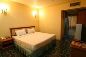 Hotel 13 Coins Resort Yothin Pattana
