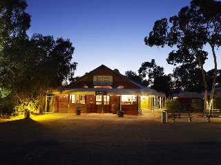 Hotel Outback Pioneer Lodge By Voyages