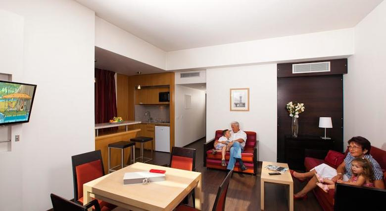 Hotel Residhome Prestige Val D´europe