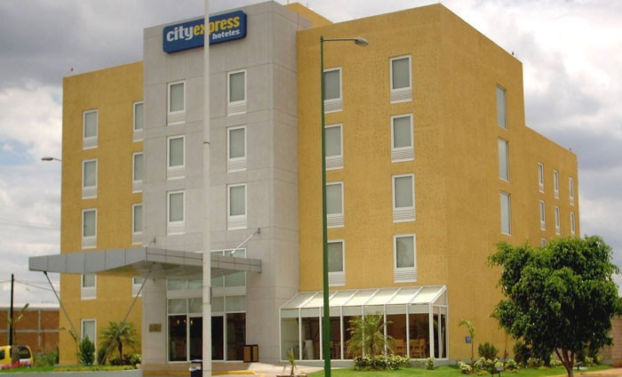 Hotel City Express Tepatitlan