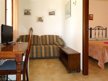 Bed & Breakfast Oasi Del Borgo B B Resort