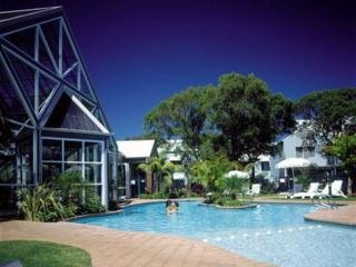 Hotel Broadwater Beach Resort