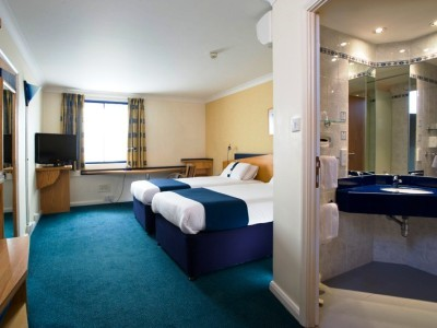 Hotel Express By Holiday Inn Newport