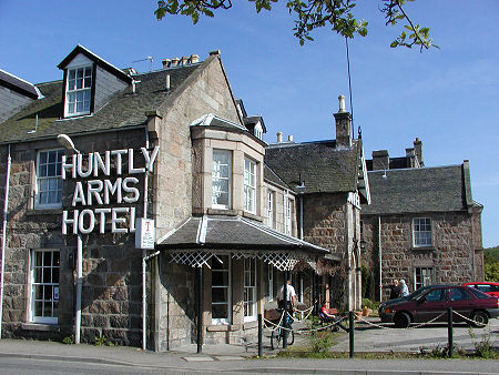 Hotel Huntley Arms