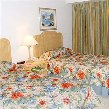 Hotel Castaways Resort And Suites