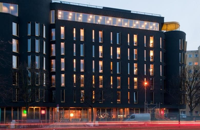 hotel review Axel berlin gay