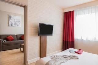 Hotel Holiday Inn Thoiry (geneva Airport)