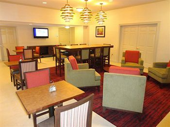Holiday Inn Express Hotel & Suites Indianapolis North Carmel