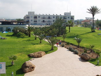 Residencia Helios Bay Hotel Apartments