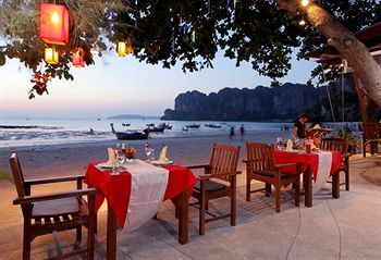 Hotel Sand Sea Resort And Spa Krabi