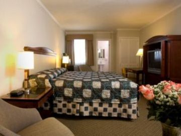 Hotel Americas Best Value Inn & Suites- Golden Gate