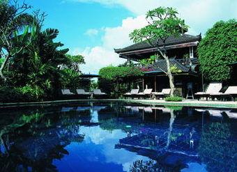 Los 30 mejores hoteles en lovina for Casa jardin jalan damai