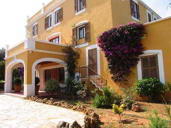 Los 30 mejores hoteles en ciutadella for Villa bonita violeta