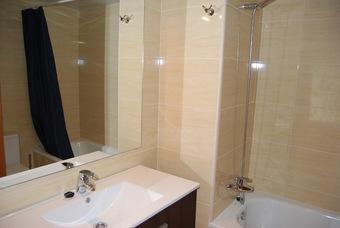 Hotel Barcelona - Sants-montjuïc (apt. 444979)