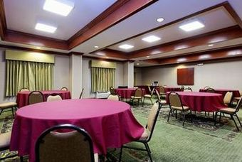 Holiday Inn Express Hotel & Suites Burleson/ft. Worth