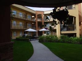 Hotel Quality Suites John Wayne Airport