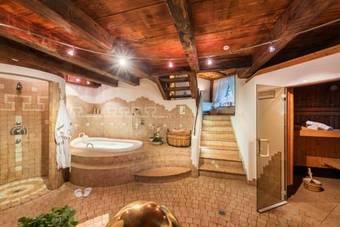 Los 6 mejores hoteles con servicio de alquiler de - Hotel valdaora con piscina ...