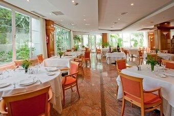 Los 4 mejores hoteles en tres cantos for Hotel jardin tres cantos