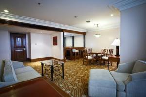Hotel Holiday Inn Galleria Manila
