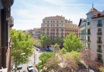Apartamento Rambla Catalunya - Barcelonastuff Apartments