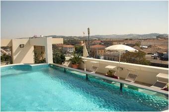 Hoteles con piscina en ancona provincia - Hotel con piscina senigallia ...