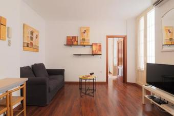 Apartamento Brand New One Bedroom Cathedral Views