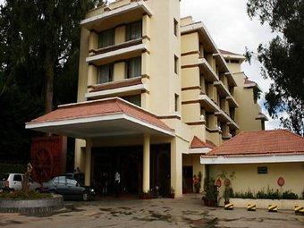 Hotel Holiday Inn Gem Park