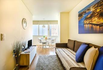 Apartamento Charming Flat @ Trindade I
