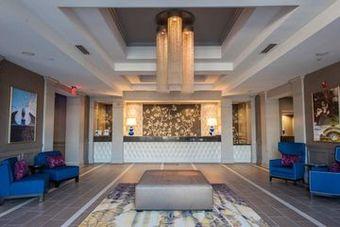 Hotel Doubletree By Hilton Savannah