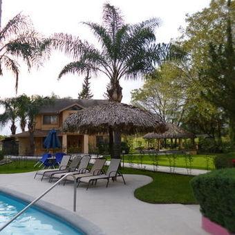Los 30 mejores hoteles con piscina en nuevo leon provincia - Hoteles en leon con piscina ...