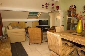 Los 2 mejores apartamentos en bierges for Appart hotel wavre
