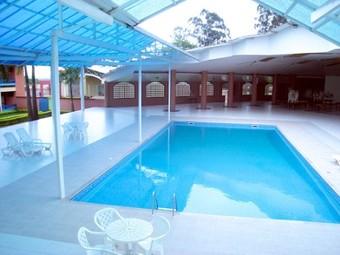 hoteles con piscina en toledo