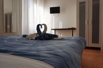 Hotel Guesthouse Namaste Central Rooms Valencia - Adults Only